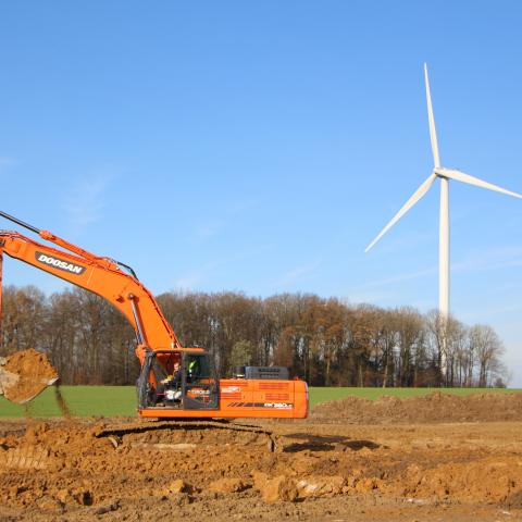 Projet éolien: pose de câbles et aménagements
